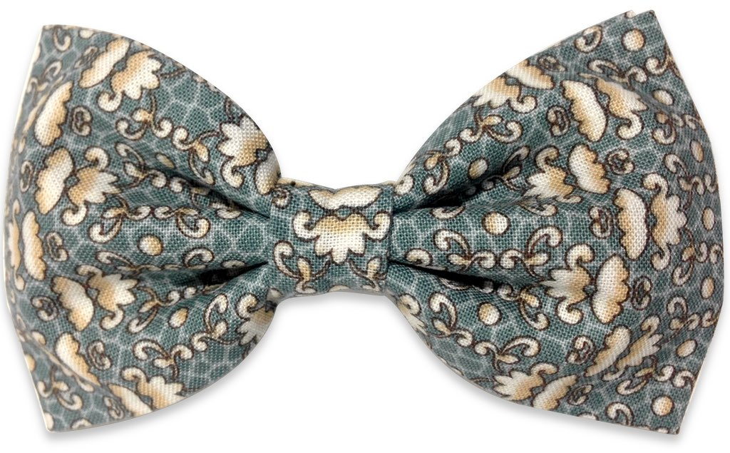 green vegetal print bow tie