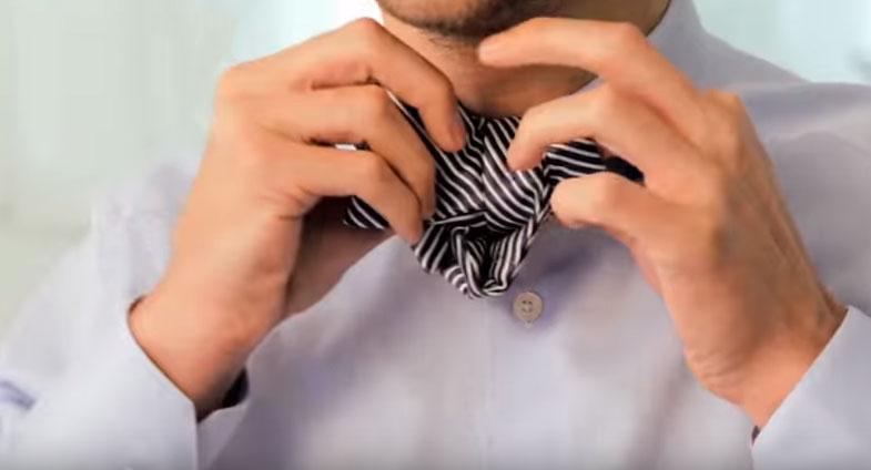 How tie a bowtie